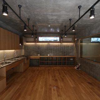 高円寺新築シェアハウス(リビングダイニング)